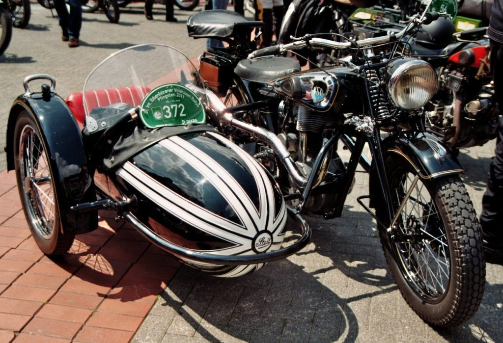 What Automaker Started out as a Motorcycle-Sidecar Business known as the Swallow Sidecar Company