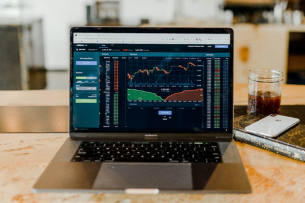 Advantages and Disadvantages of Digital Trading